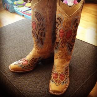 heart peace cowboy boots