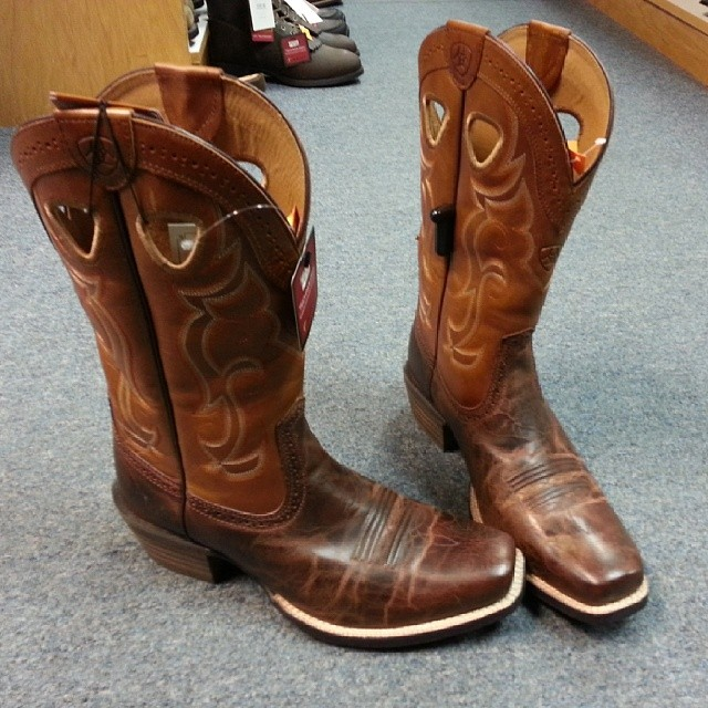 great ariat cowboy boots