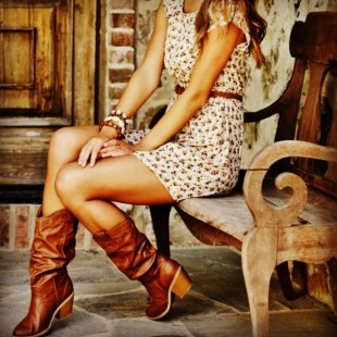 looking good. cowgirl boots