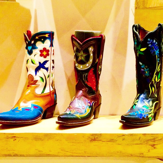 gorgeous cowboy boots