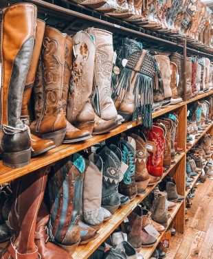 who is shopping for cowboy boots